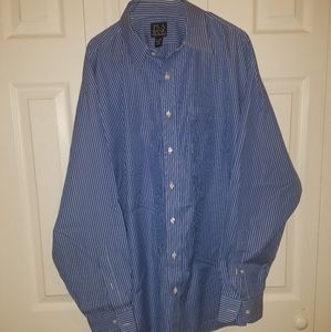 Jos. A. Bank travelers collection button up shirt